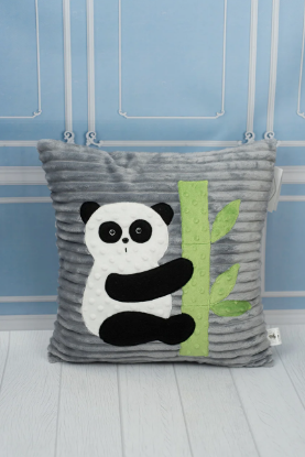 Зображення Декоративная подушка с пандой