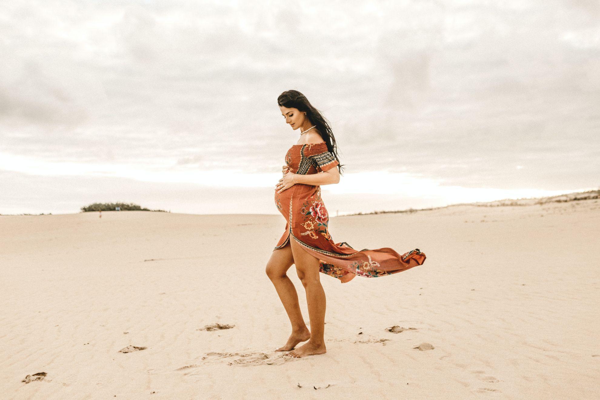 Блузки і туніки для вагітних та годуючих