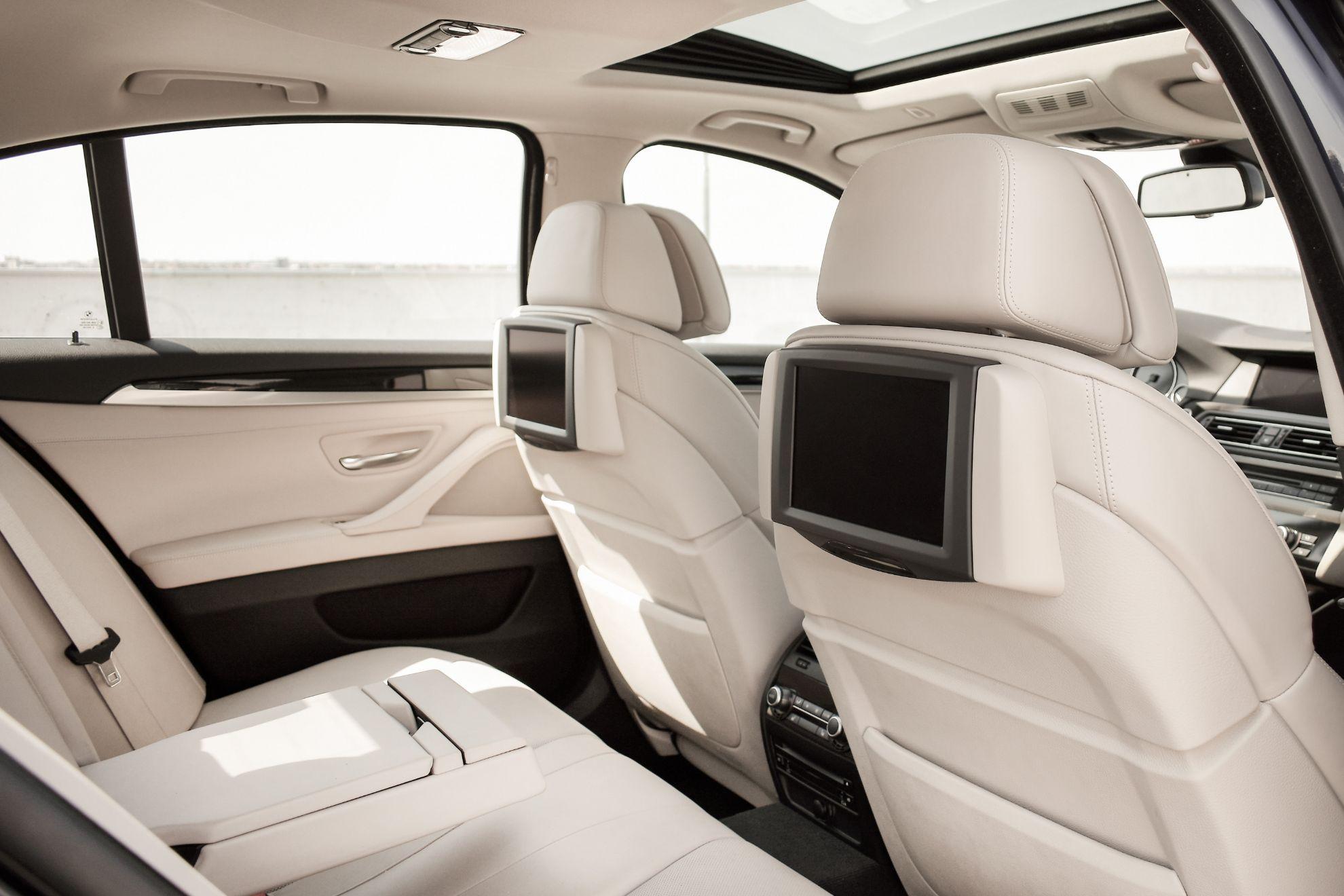 Підігрів автомобільних сидінь і дзеркал
