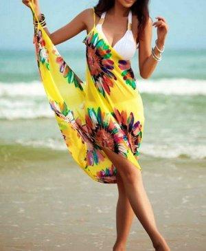 Пляжний одяг і парео
