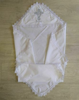 Изображение Крижма іменна біла з вишивкою та мереживом
