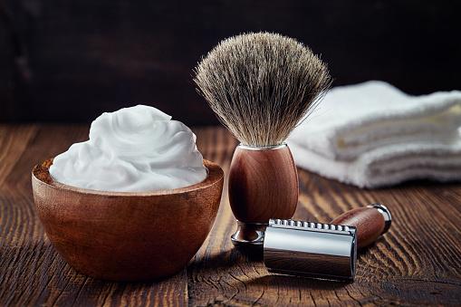 Чоловіча косметика та аксесуари для гоління